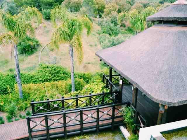 Vista do exterior do pavilhão de ioga da varanda
